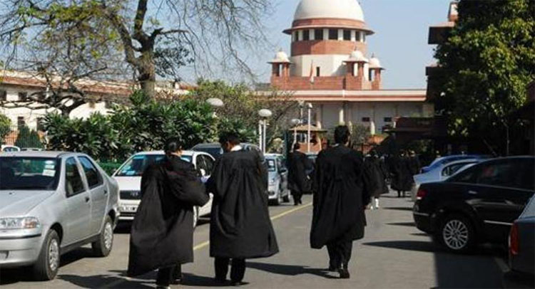 Apex Court Reserves Orders on Petition Against Lawyers Verification