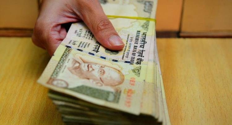 SC to govt: People allowed with genuine Reasons to Depositing Demonetised Currency