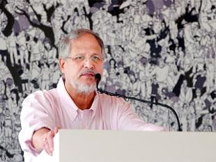 Arvind Kejriwal is a young man in hurry, may face 'criminal charges': Najeeb Jung