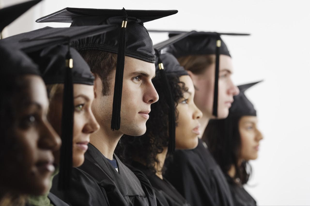 Why top law students in India do not want to practice?